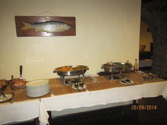 Mufindi Highland Fishing Lodge: het buffet