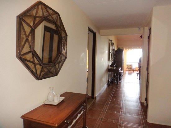 Hacienda Encantada Resort & Spa: Entry