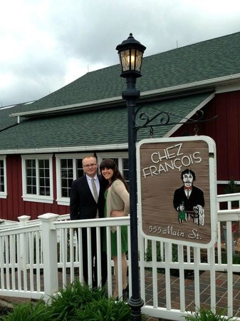 Chez Francois Restaurant: Outside the main entrance