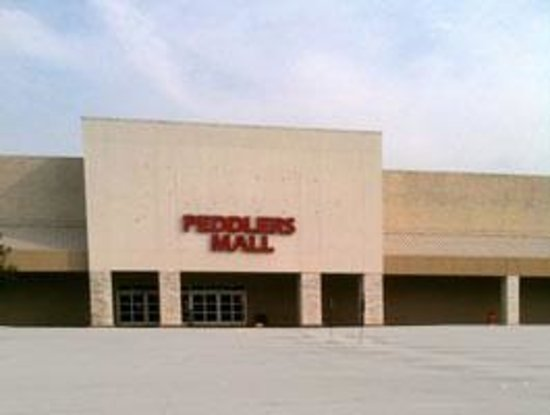 Clarksville Peddlers Mall