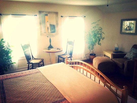 City Lights Inn : Granny's Room.