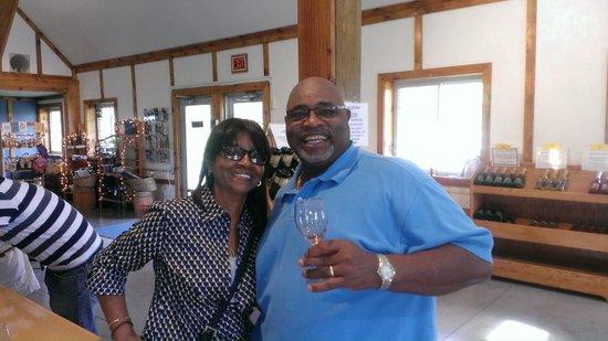 Frisky Wine Tours: Thanks Les, Tim & Denise