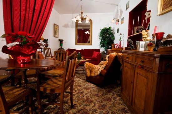 Salon cosy picture of le belvedere hotel brides les bains tripadvisor for Photo salon cosy