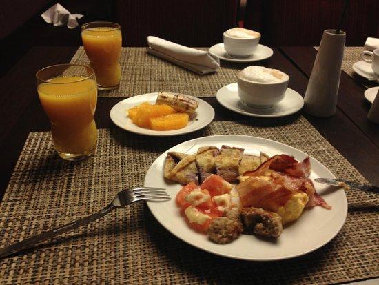 Radisson Blu Hotel Leipzig : Breakfast