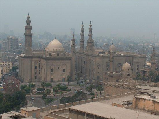 Four Seasons Hotel Cairo at Nile Plaza: Mezquita de alabastro