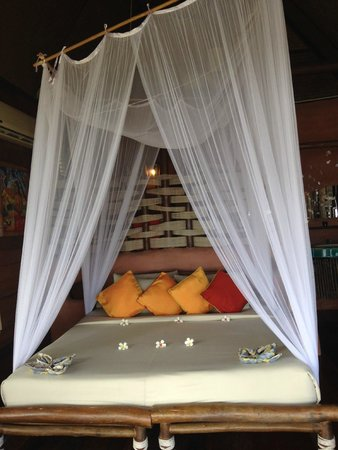 Koh Tao Cabana: The bed was so beautiful and comfy