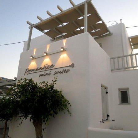 Romantica Hotel and Mini Suites