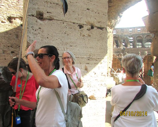 Paola your Personal Guide of Rome- Private day tours: Paola at the Colloseum