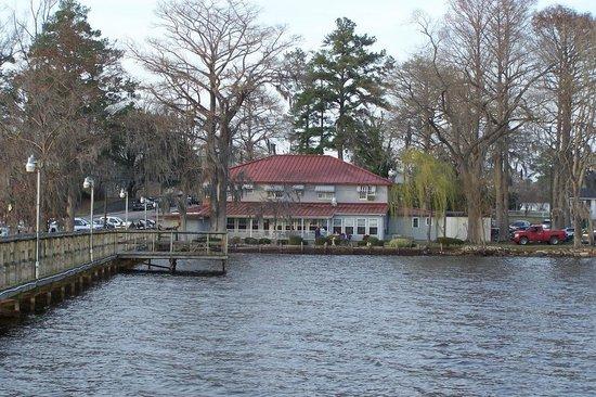 Lake Waccamaw, NC: Dale's Seafood