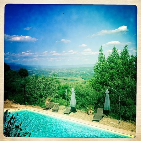 Ventena Vecchia - Antico Frantoio: Ein Traumblick ins Tal hinein