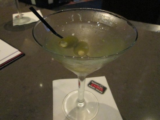 Ruth's Chris Steak House: Dirty Goose martini
