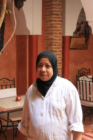 Riad Plein Sud : RAJA notre gentille cuisinière