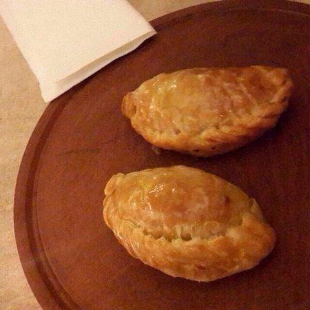 I Monticiani: Empanadas