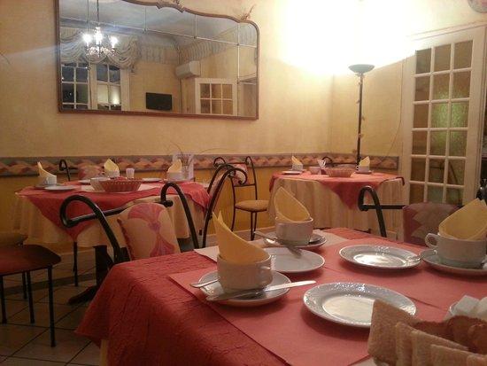 Hotel du Palais : salle a manger