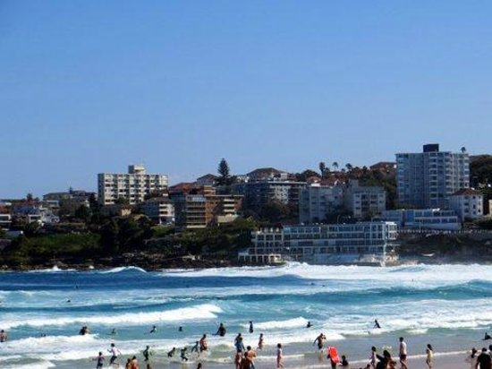 Real Sydney Tours: Bondi Beach stop