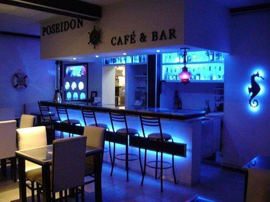 Bar tematica marina picture of poseidon bar cafe - Decoracion de pub ...
