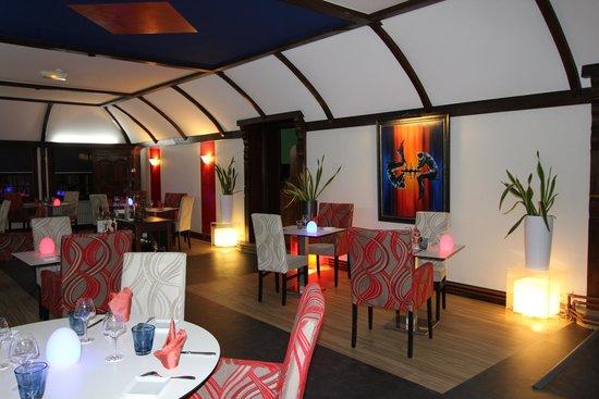 La Commanderie de Champarey : Salle de restaurant