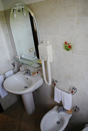 Bagno in camera - Picture of Agriturismo L\'Arca di Anna Brambilla ...