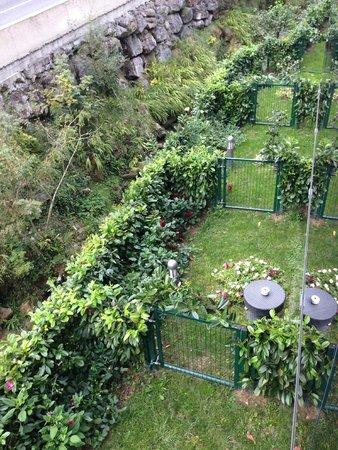 Hotel Txanka Erreka : jardin