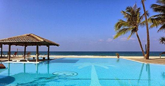 Yangon Rangoon Myanmar Palm Beach Resort Ngwe Saung Bein
