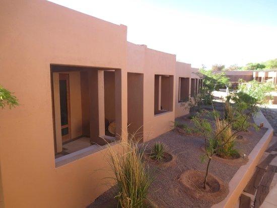 Hotel Noi Casa Atacama: Vista de un sector de las habitaciones