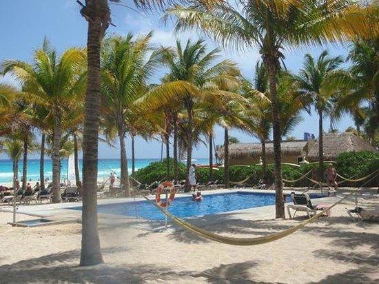 Hotel Riu Lupita Reviews