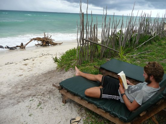 Galu Getaway: Reading a book at the beach