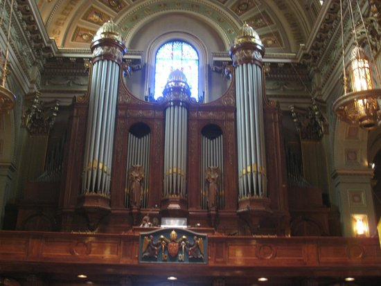 Cathedral Basilica of Saints Peter and Paul: music