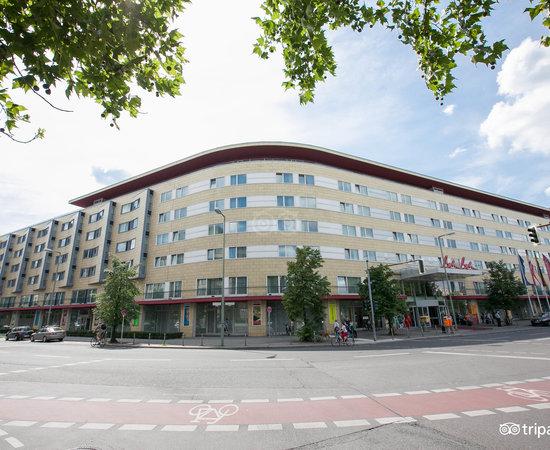 Photo of Hotel Hotel Berlin, Berlin at Luetzowplatz 17, Berlin 10785, Germany
