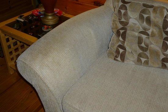Grafton Lodge: Soiled sofa