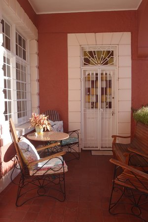 The Villa Rosa : porch