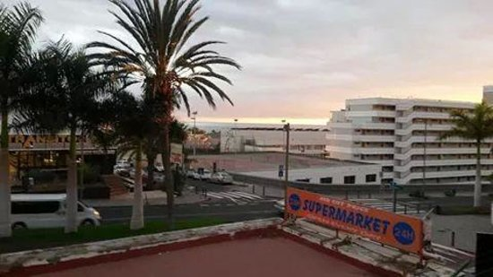 Paradero II: street view
