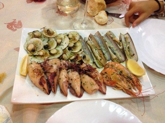 Bar Trattoria AL Guanaco: Misto pesce piastra