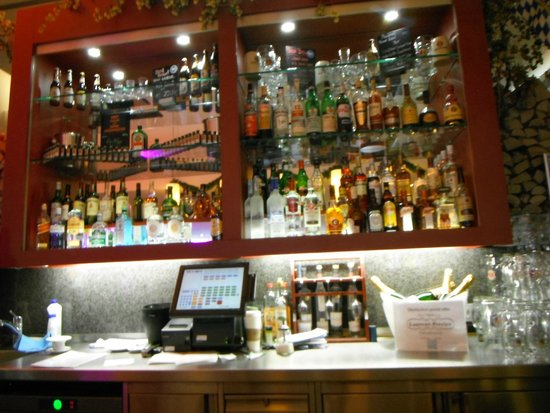 Four Points by Sheraton Munchen Central: Bar