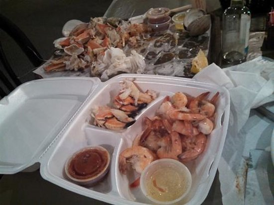 Don's Seafood Restaurant: Lunch - and 'bones'