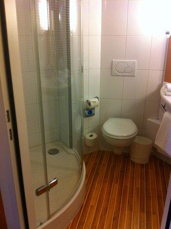 ibis Locarno: Die Dusche ist wirklich toll :)