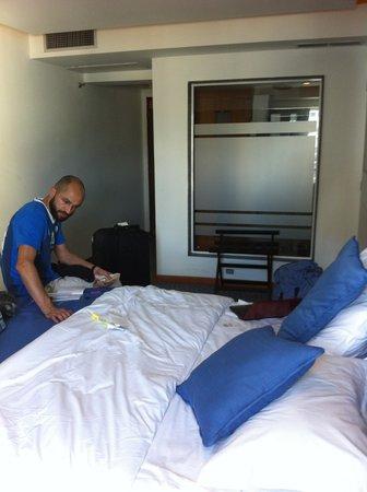 Hotel Alex: Habitación