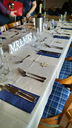 The Boathouse Lochside Restaurant: great wedding lunch