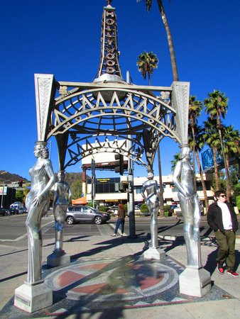 Hollywood & La Brea Gateway (The Four Ladies of Hollywood Gazebo)