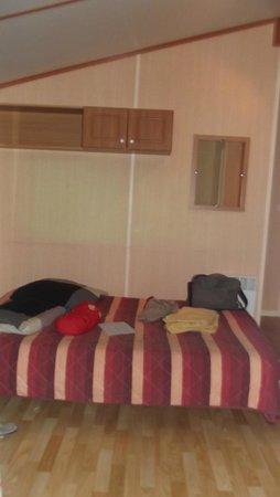 La Brande Camping Caravaning : chambre