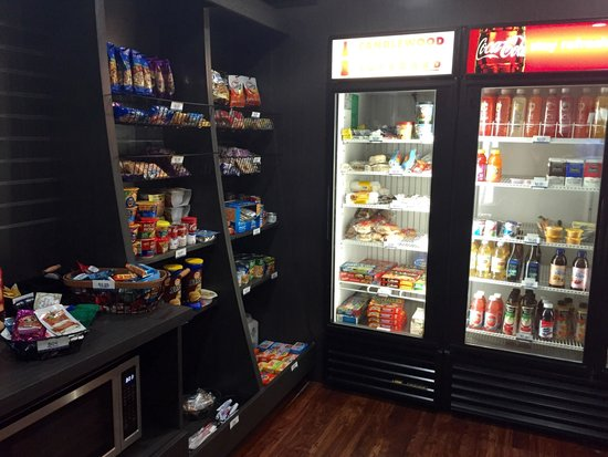 Candlewood Suites Newport News: Candlewood Cupboard
