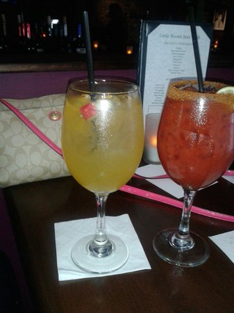 Little Room Jazz Club: White sangria & bloody mary happy hour :)