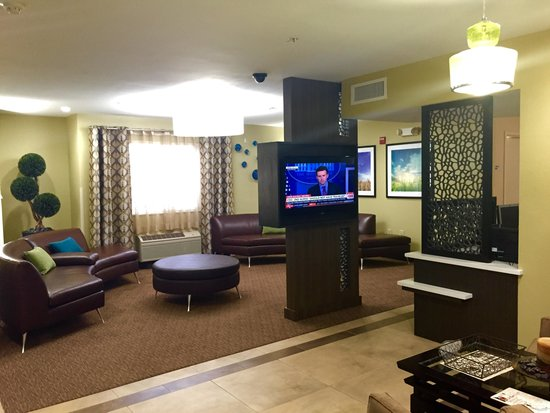 Candlewood Suites Newport News: Lobby