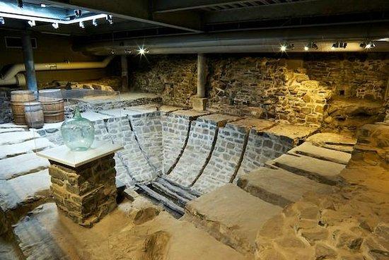 Artillery Park National Historic Site: Parks Canada dig under Terrasse Dufferin boardwalk