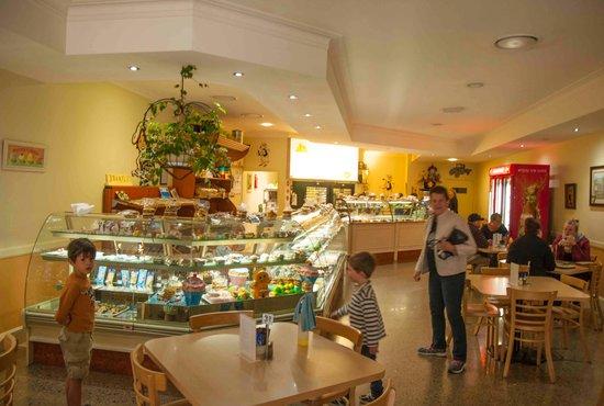 Sheehan Sunnyside Bakery & Cafe
