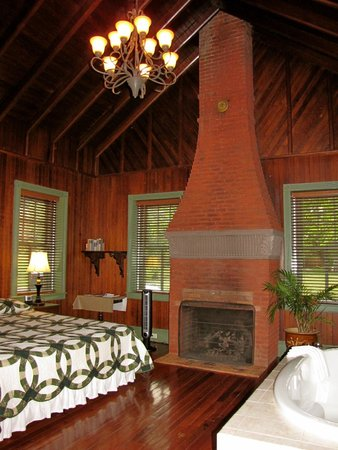 """Speedwell Forge B&B : """"Paymaster's"""" Cottage inside."""