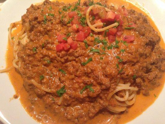 Mina's Bistro: Spagheti Bolognese