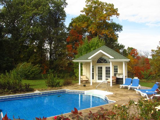 Southern Grace Bed and Breakfast: FALL HAS ARRIVED