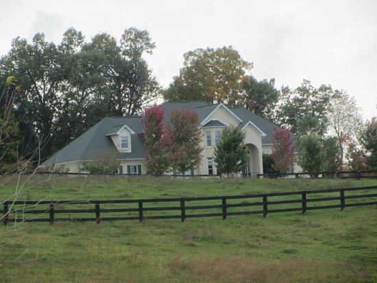 Southern Grace Bed and Breakfast: SOUTHERN GRACE--A SPLENDID PLACE