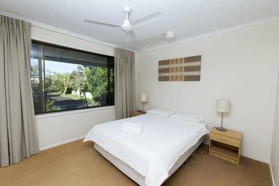 Noosa Sound Resort: bedroom